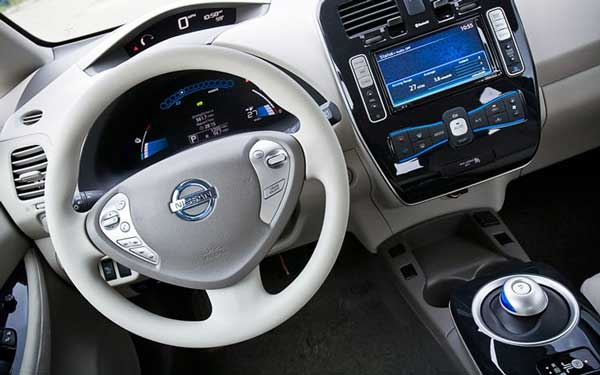 One look at the instrument panel and you know the Leaf is no ordinary car. Yet it's wrapped in familiar surrounds.