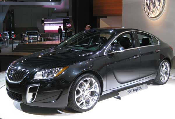 auto review 2012 buick regal gs acquires 6 speed manual transmission rh blogautoreviewcars blogspot com 8 Speed Manual Transmission Buick Regal Turbo Road Test