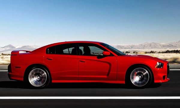 Dodge Charger SRT8 2011 Side Rolling