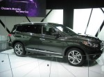There is no hiding the size of the 2013 Infiniti JX35 from the side.