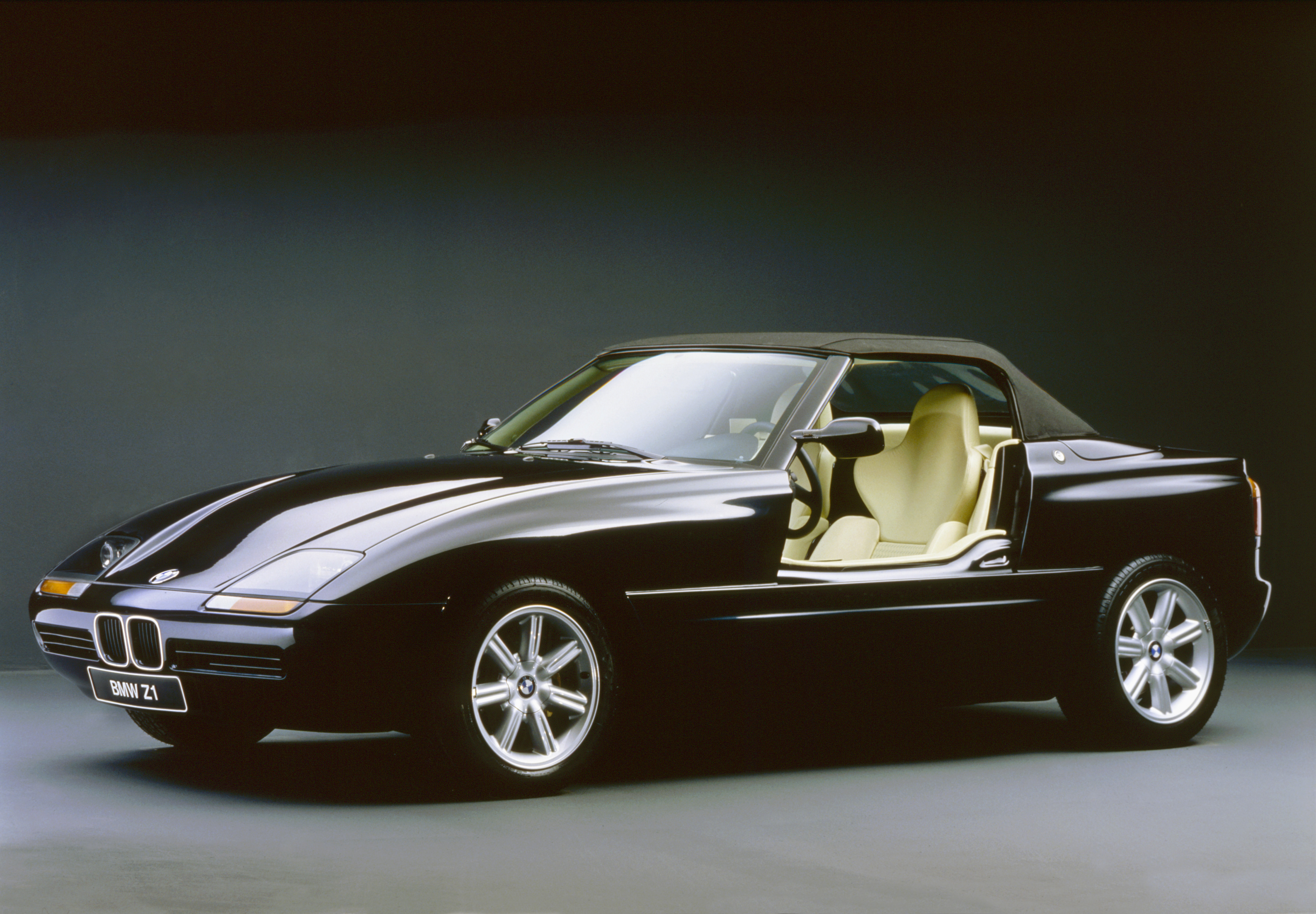 Bmw S Z1 Turns 25 And Now You Can Import It To The Usa