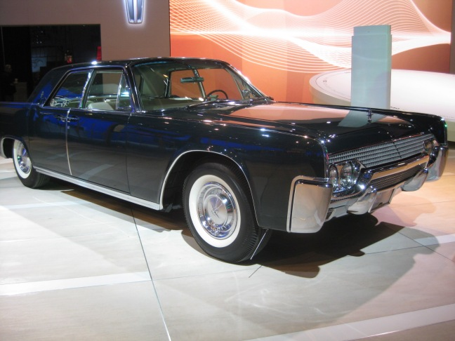 lincoln 1961 continental sedan ext todd bianco 39 s. Black Bedroom Furniture Sets. Home Design Ideas