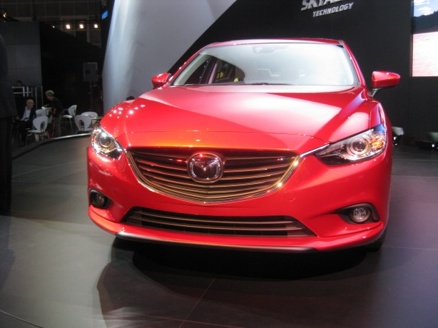 The front of the 2014 Mazda6 sedan.