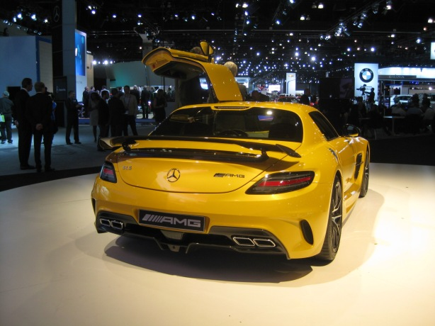 That rear wing is a sure giveaway that this 2014 SLS AMG is the Black Series, not the run-of-the-mill SLS Gullwing.