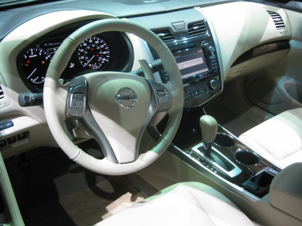 2013 Nissan Altima interior.
