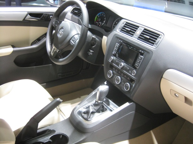 The interior of the 2014 Jetta Hybrid looks like a nicely upgraded Jetta - much closer to the Jetta GLI. I hope it gets better fuel economy that the company's TDI models.