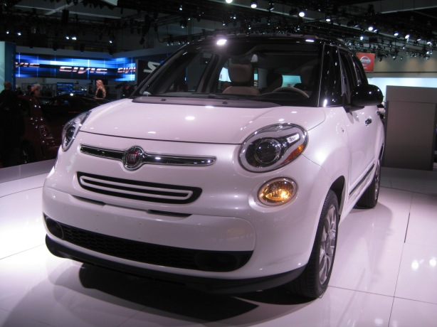 The 500L still has the face of a 500, but definitely bulked up. It's not so small any longer!