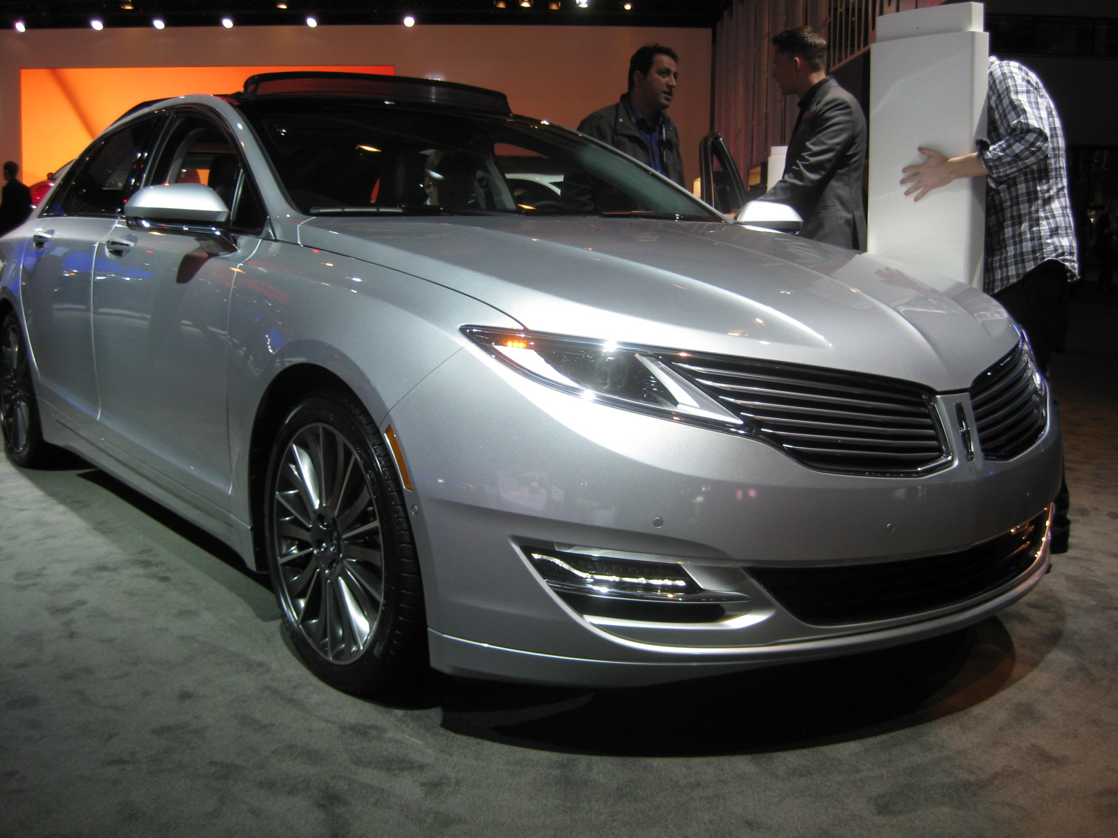 Lincoln 2013 Mkz Front Todd Bianco S