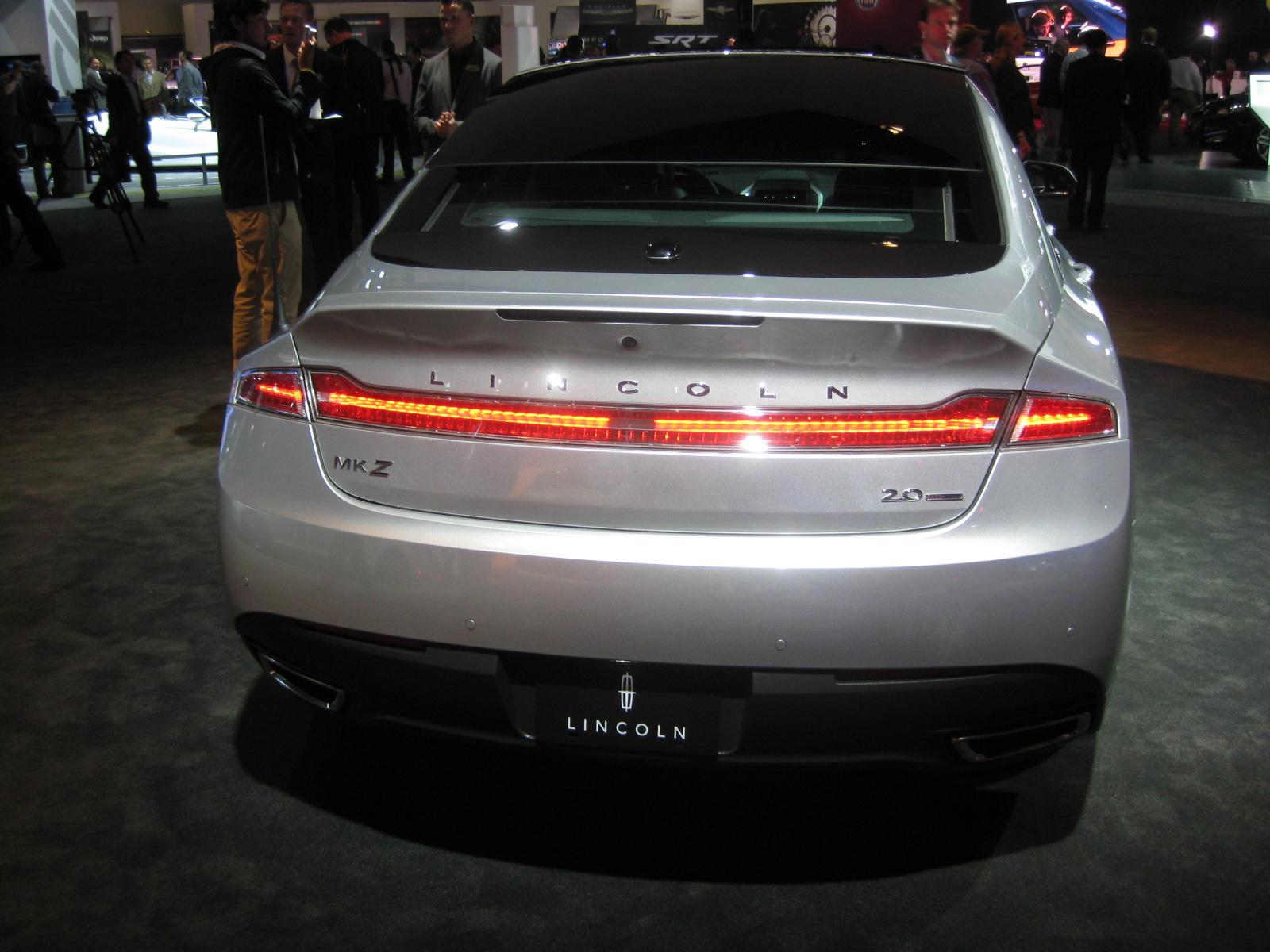 Lincoln 2013 Mkz Rear Todd Bianco S