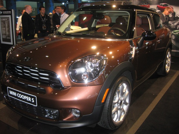 The 2013 Paceman is distinctly a MINI. Fiat envy's the image that BMW's MINI division was able to cultivate worldwide.