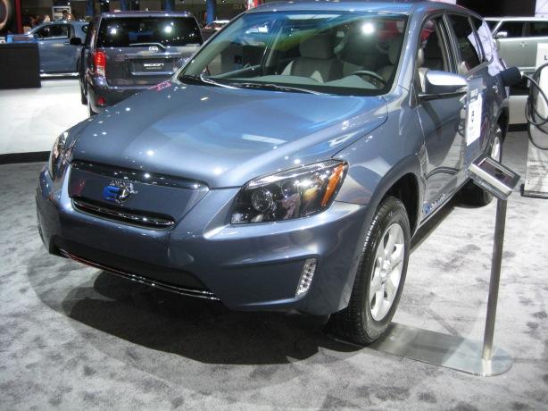Toyota - 2013 RAV4 EV Front Left