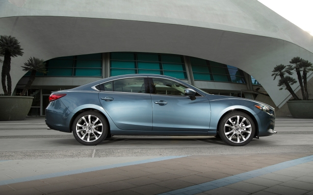 The 2014 Mazda 6 in Blue Reflex