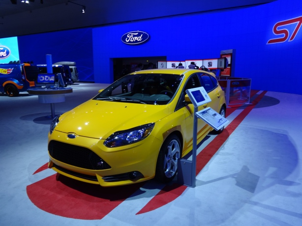LAAutoShow Day 1 031 2014 Ford Focus ST