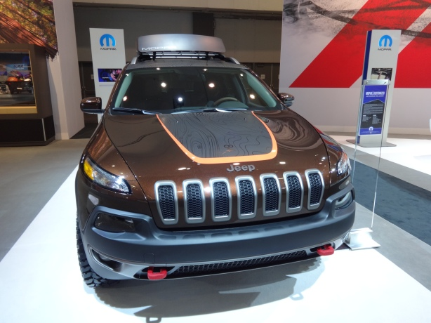 LAAutoShow Day 1 046 2014 Jeep Cherokee Carver Mopar