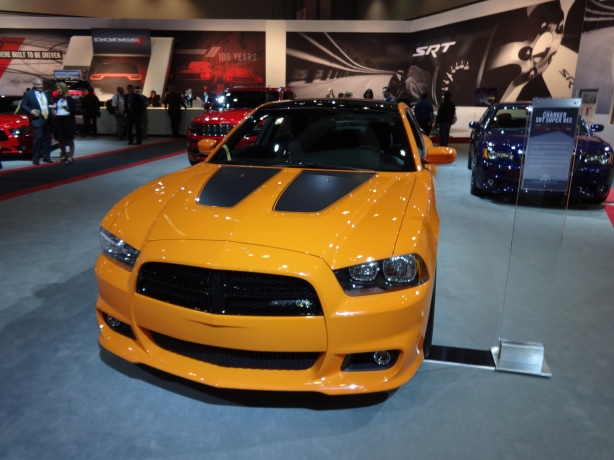 LAAutoShow Day 1 049 2014 Dodge Charger SRT Super Bee