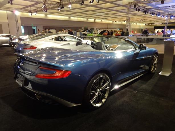 LAAutoShow Day 1 077 2014 Aston Martin Vanquish Volante