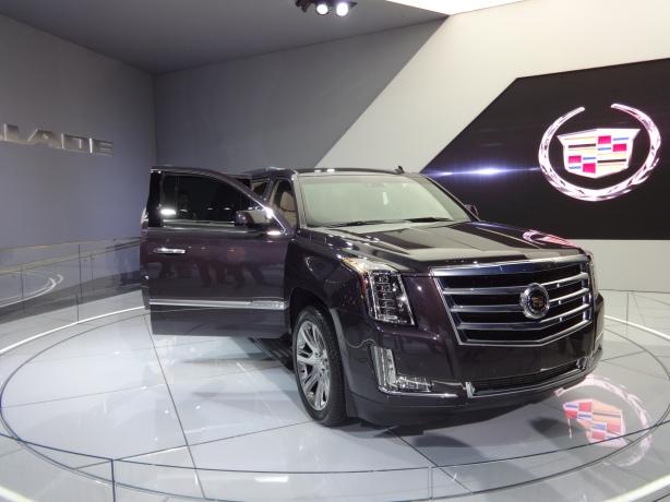 LAAutoShow Day 1 089 2014 Cadillac Escalade ext