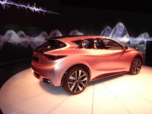 LAAutoShow Day 1 105 Infiniti Q30 concept