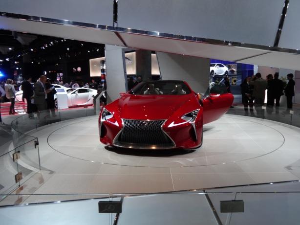 LAAutoShow Day 1 137 Lexus LF-LC concept