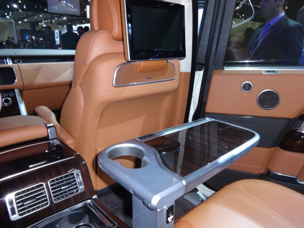 LAAutoShow Day 1 151 Range Rover Autobiograpy interior