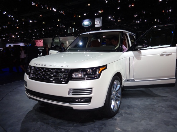 LAAutoShow Day 1 152 Range Rover Autobiography front