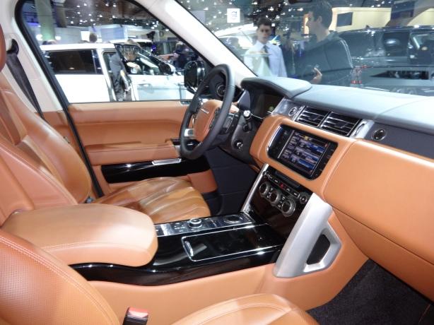 LAAutoShow Day 1 155 Range Rover Sport interior