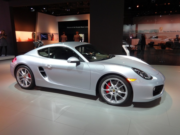 LAAutoShow Day 2 (2) 2014 Porsche Cayman ext