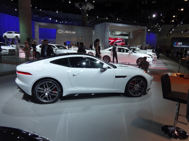 LAAutoShow Day 2 (45) 2015 Jaguar F-Type Coupe white side