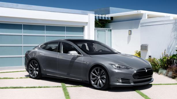 Tesla Model s in Grey