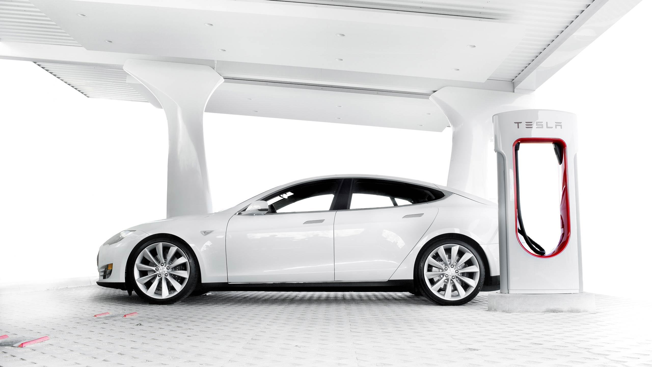 Tesla Image: Todd Bianco's ACarIsNotARefrigerator.com Blog