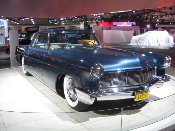 Elizabeth Taylor's 1956 Lincoln Continental Mark II. Stunning. Simply stunning.