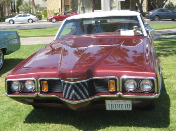 The hood stretches out for miles on this 1970 Ford Thunderbird. Underneath, it was a Ford LTD.