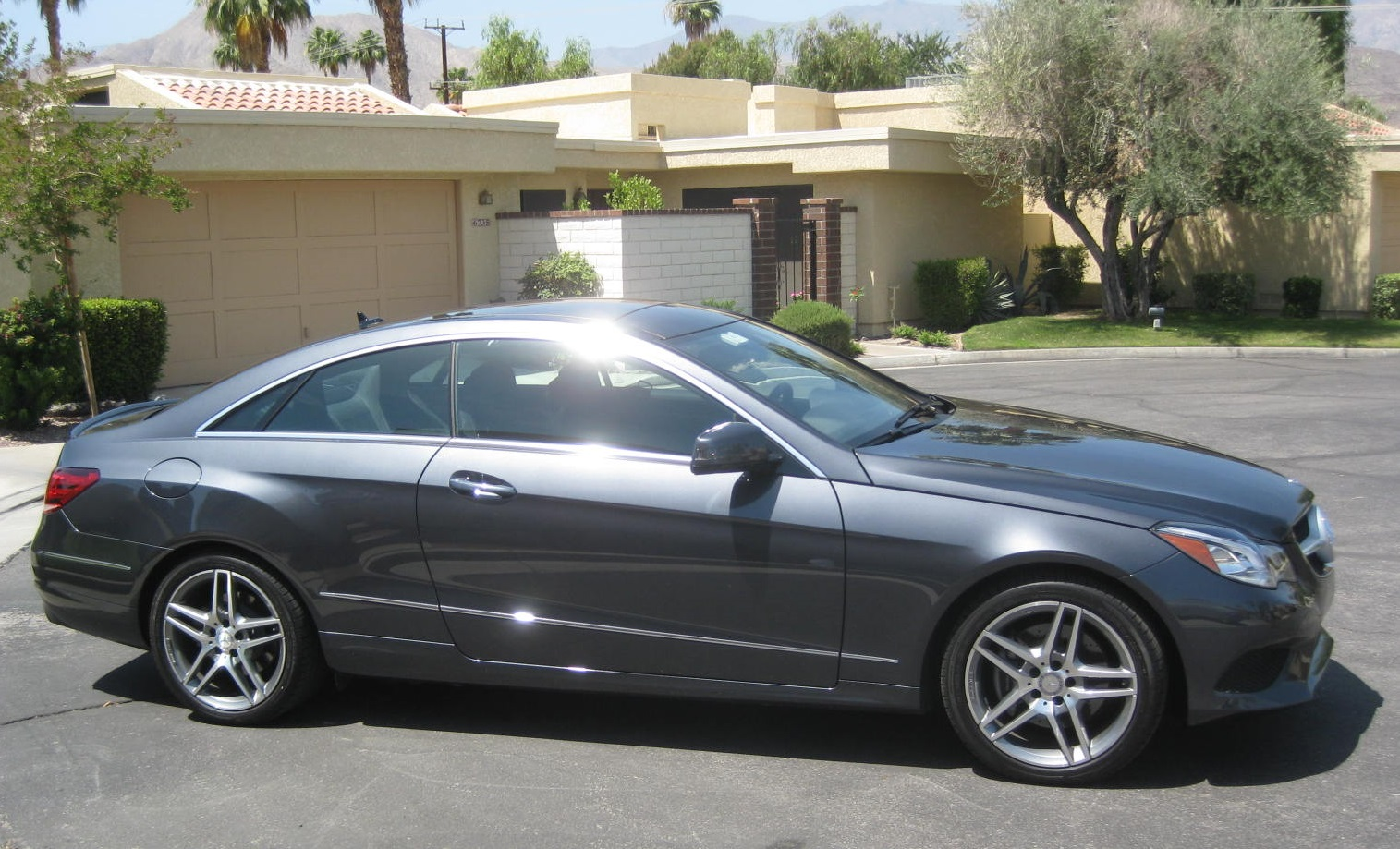personal luxury pillarless style the 2014 mercedes benz e350 coupe todd bianco 39 s. Black Bedroom Furniture Sets. Home Design Ideas
