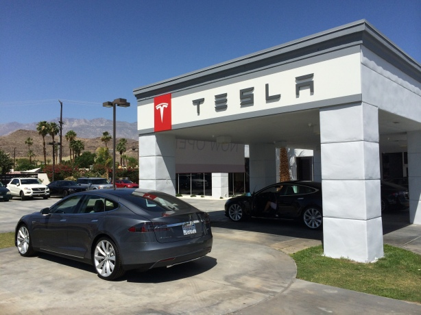 The new Tesla Store is located across from the Honda dealer in the Cathedral City Auto Mall.