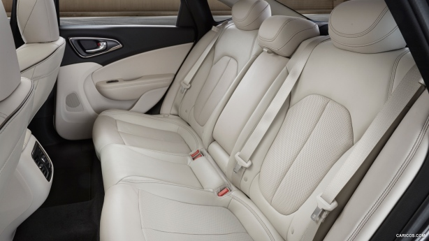 2015 Chrysler 200 Back Seat