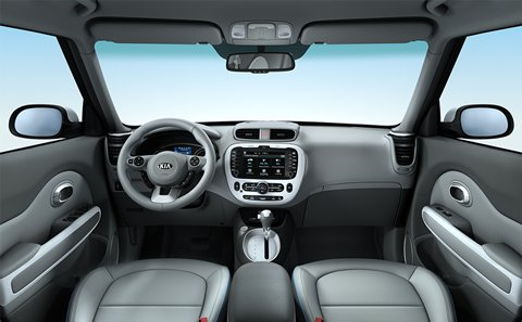2015 Kia Soul EV cockpit