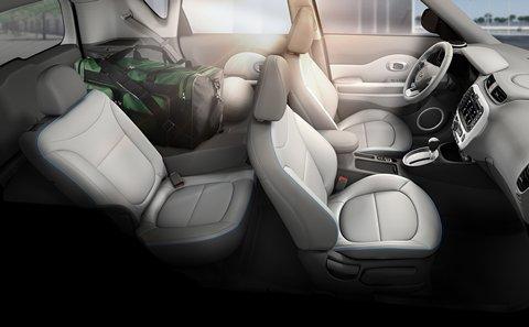 2015 Kia Soul EV interior